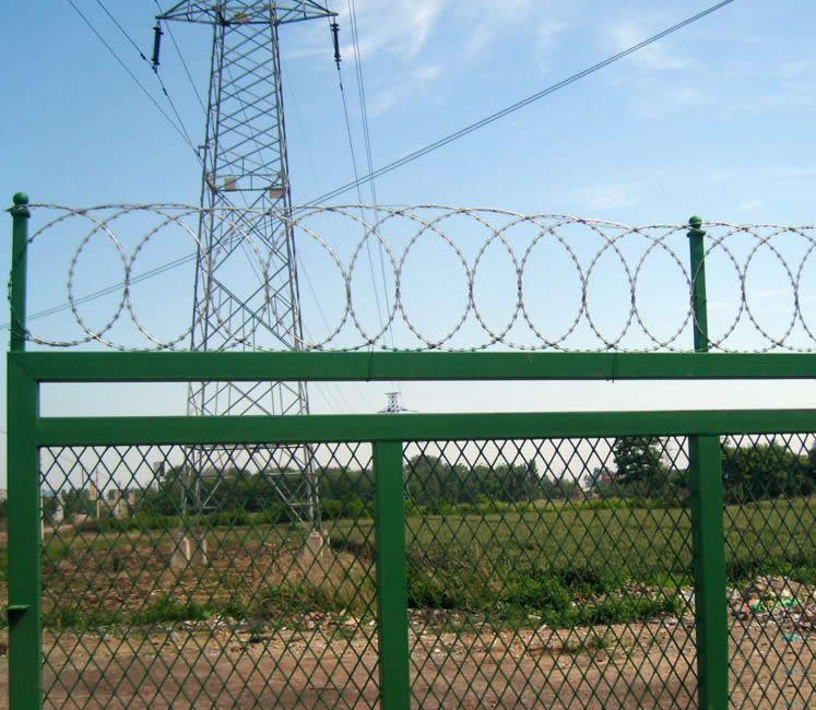 Flat Razor Wire Fencing Panels