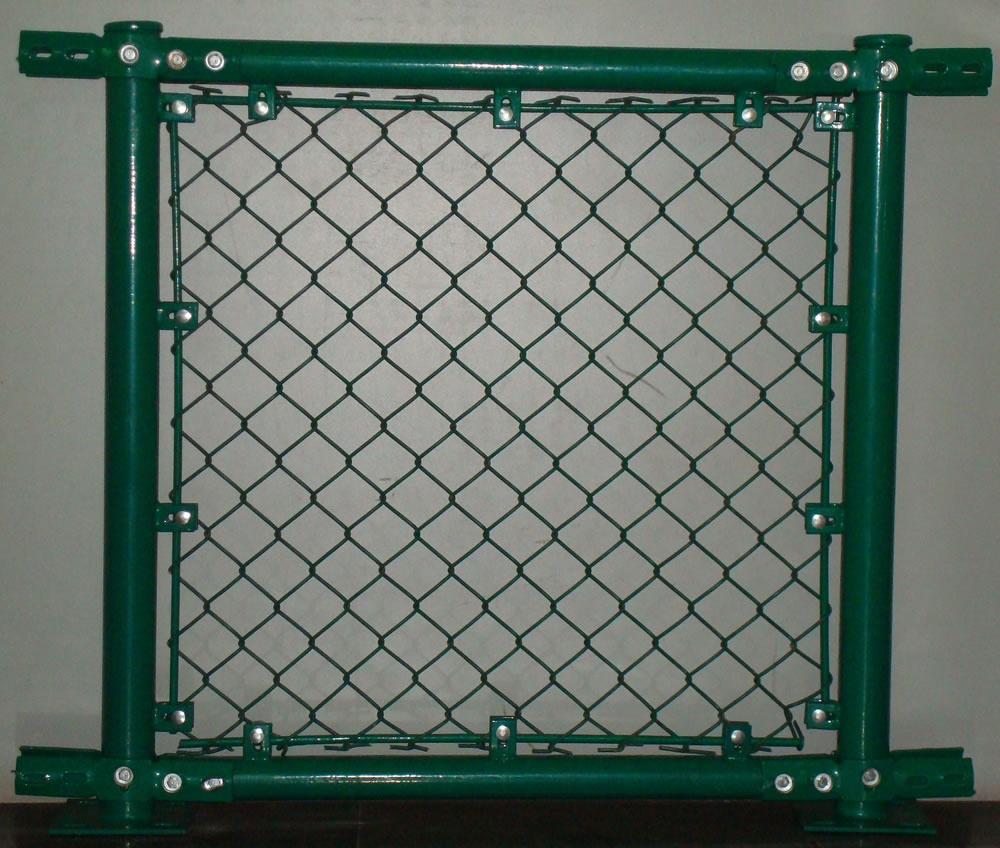 Green Color Chain Link Type Temporary Fence